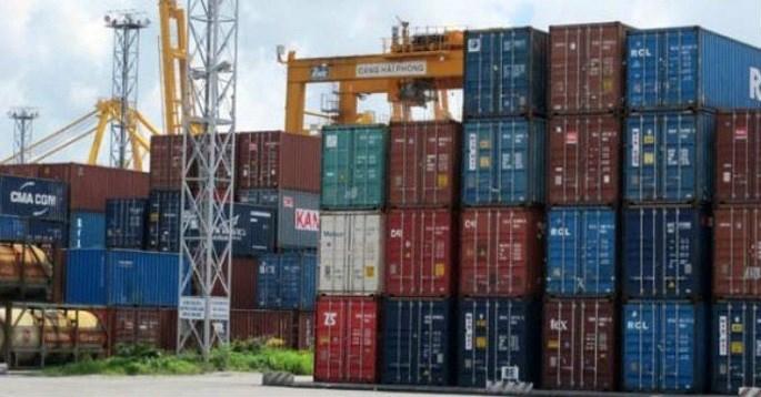 """Kiên quyết """"trục xuất"""" container phế liệu chây ì tại cảng biển"""