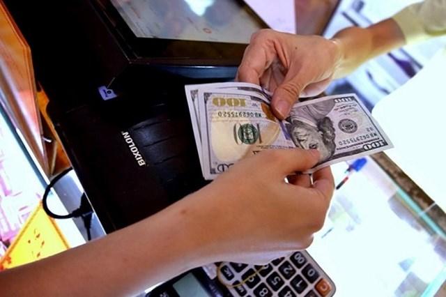 Bổ sung mức xử phạt cảnh cáo đối với hành vi vi phạm trong lĩnh vực tiền tệ và ngân hàng