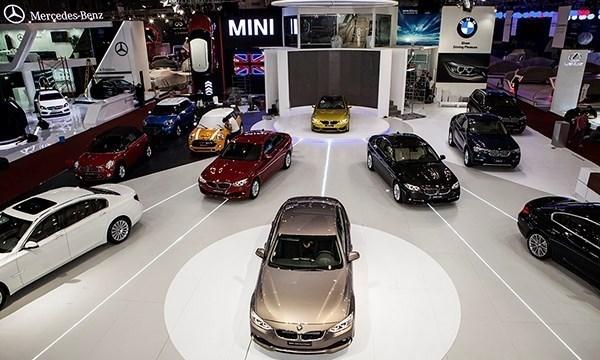 Nhập khẩu xe ô tô tăng mạnh để tránh thuế