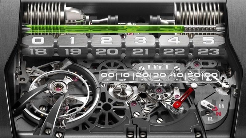 Đồng hồ làm từ…xe hơi