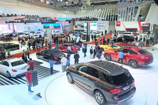 6 tháng: Người Việt sắm hơn 700 xe ô tô mỗi ngày
