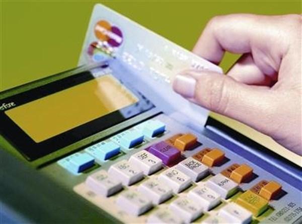 Phấn đấu 50% thị dân mua sắm không dùng tiền mặt