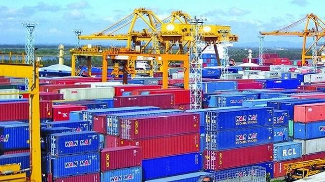 TP. Hồ Chí Minh: Khó xử lý container hàng vô chủ
