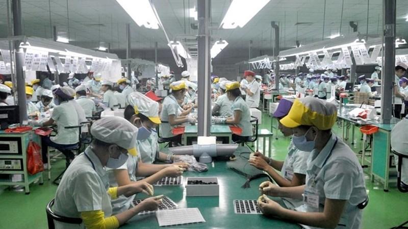 Ba mặt hàng xuất khẩu vượt 10 tỷ USD sau 8 tháng