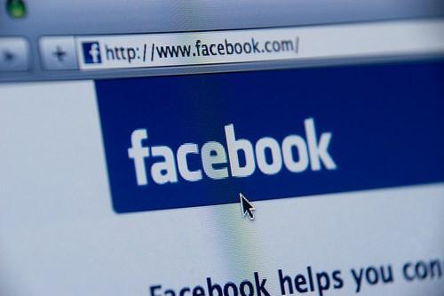 Có thể tìm việc và nộp đơn xin việc ngay trên Facebook
