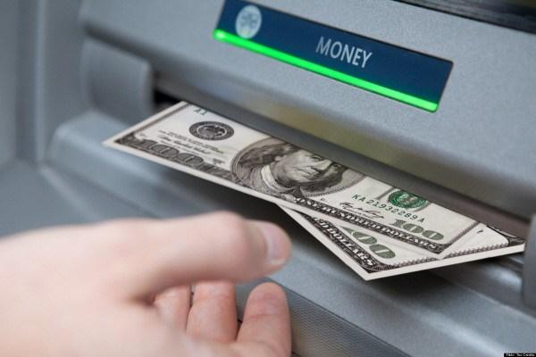Mỹ: Rút tiền tại cây ATM không cần thẻ?