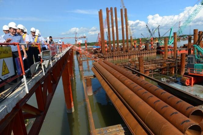 Tăng cường sử dụng vật tư, hàng hóa sản xuất trong nước với dự án đầu tư phát triển