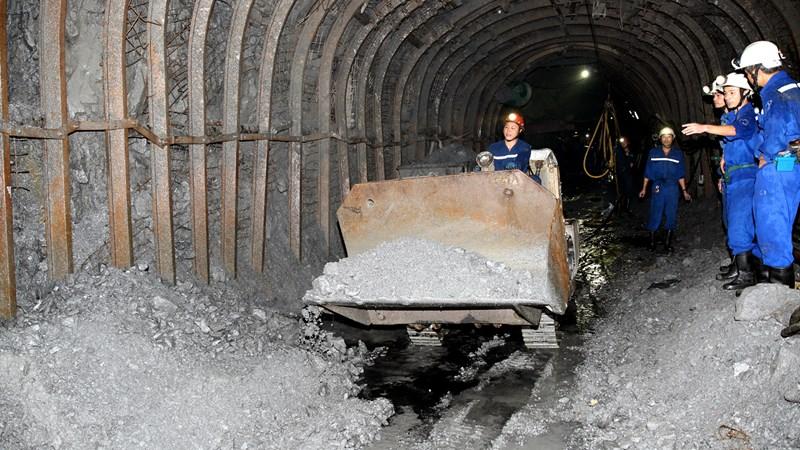 Hướng dẫn cách tính thuế với khai thác khoáng sản để chế biến sản phẩm
