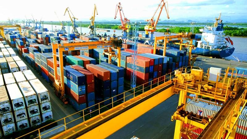 Xem xét điều chỉnh mức phí cảng biển Hải Phòng