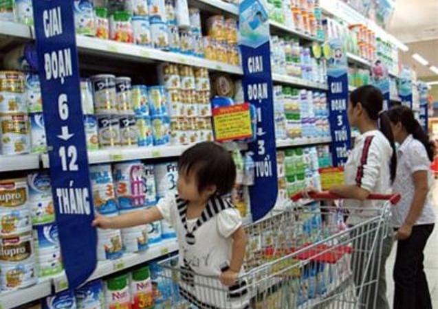 Doanh nghiệp phải niêm yết công khai giá sữa cho trẻ em dưới 06 tuổi