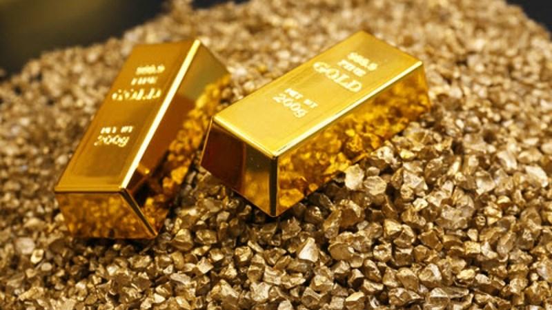 Giá vàng thoát khỏi mức thấp nhất trong gần bốn tháng