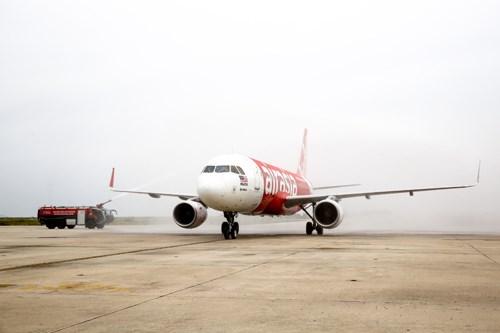 Hàng loạt đường bay quốc tế đến Việt Nam khai trương