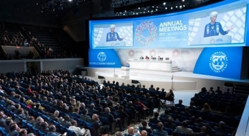 Các nước thành viên IMF vật lộn với tiền lương, lạm phát yếu