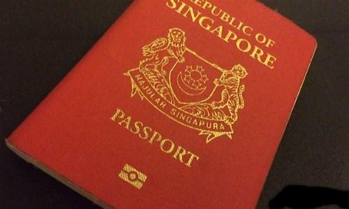 Cuốn hộ chiếu quyền lực nhất thế giới thuộc về nước nào?