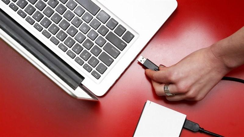 5 lưu ý giúp pin máy tính lâu chai