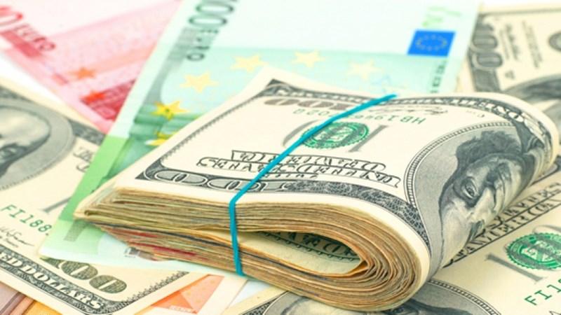 Dư nợ thế giới đang tăng mạnh