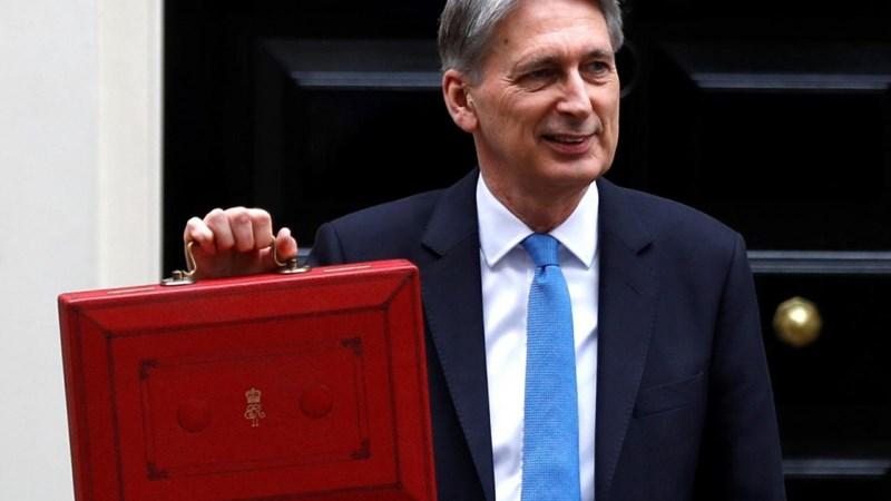 Anh công bố báo cáo ngân sách mùa Thu