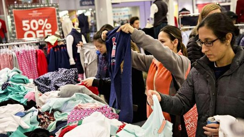 Lòng tin của người tiêu dùng Mỹ đạt mức cao nhất 17 năm qua