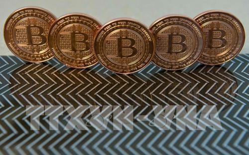"""Hàn Quốc cảnh báo """"bong bóng"""" bitcoin sẽ vỡ"""
