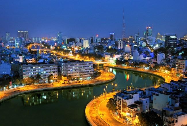 Thực trạng thu hút và sử dụng vốn đầu tư trực tiếp nước ngoài tại TP. Hồ Chí Minh