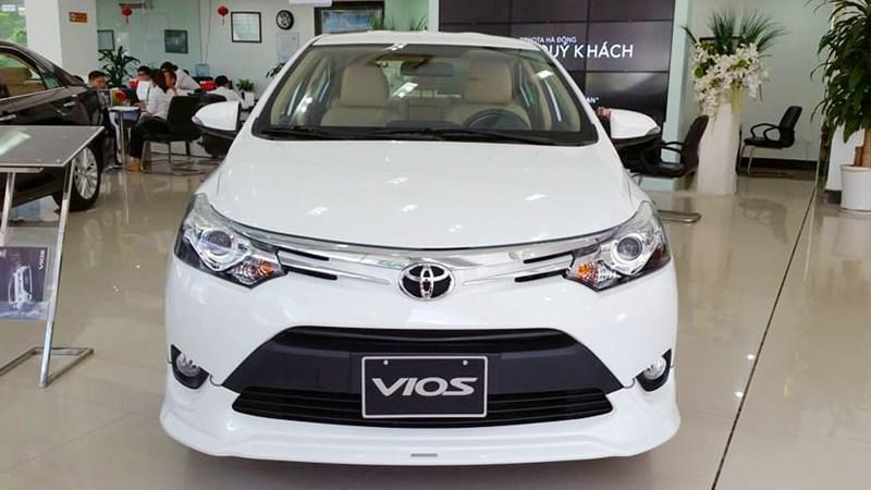 Sát Tết, ô tô Nhật đồng loạt giảm giá trăm triệu