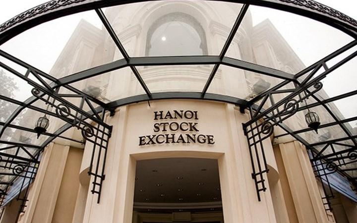 Các yếu tố tác động đến sự thay đổi giá cổ phiếu giao dịch trên sở giao dịch chứng khoán Hà Nội