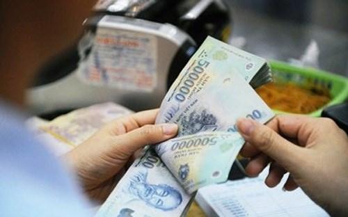 Bước chuyển từ cấp tín dụng vượt giới hạn