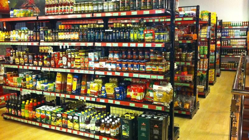 Cửa hàng tiện lợi - Kẻ đóng người mở