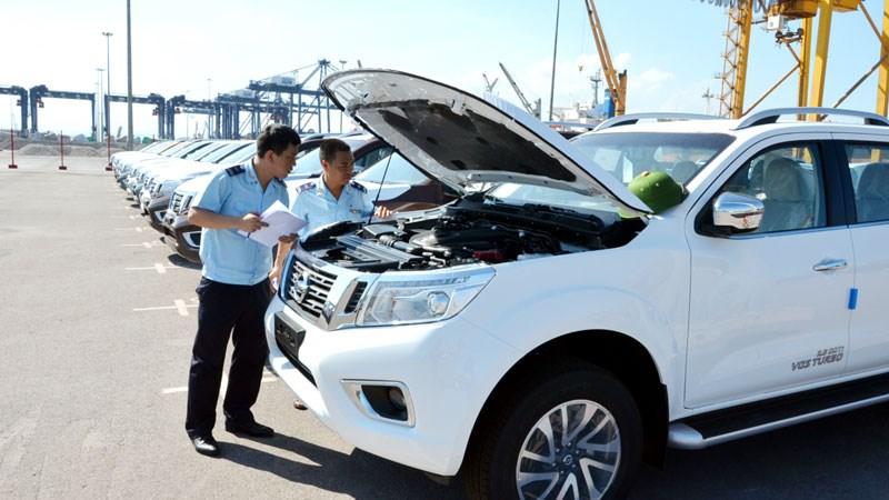 Tháng 4, Việt Nam nhập khẩu ô tô nguyên chiếc giảm gần 32% so với tháng 3