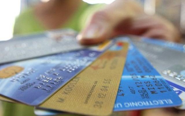 Ngân hàng Nhà nước khuyến cáo không mở hộ tài khoản, thẻ ATM