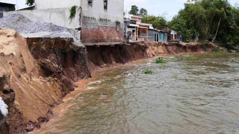 Thủ tướng đồng ý chi 1.500 tỷ đồng khắc phục sạt lở vùng Đồng bằng sông Cửu Long