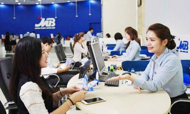 Kinh doanh khởi sắc, ngân hàng xin nới room tín dụng