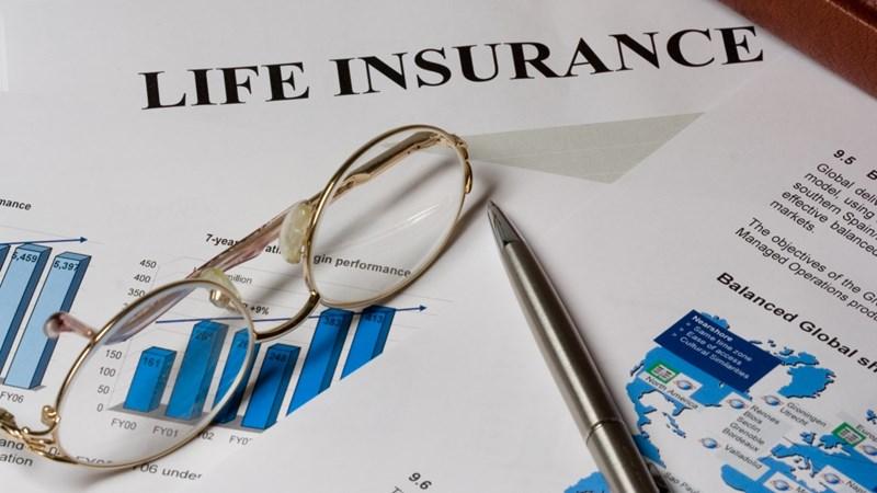"""Thị trường bảo hiểm: Cửa mở cho """"người đến sau"""""""