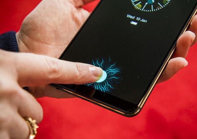 Tính năng 'vạn người mong' của iPhone X sẽ xuất hiện trên Galaxy S10