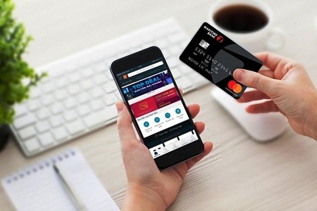 """""""Bùng nổ"""" các giao dịch qua smartphone tại Việt Nam"""