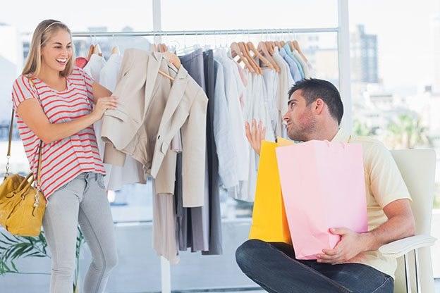 Cân nhắc lợi và hại khi mua hàng trong những đợt giảm giá lớn
