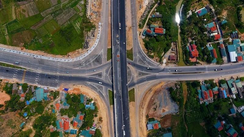 """Bất động sản Việt Nam và thế giới: Quy luật """"nước chảy chỗ trũng"""""""