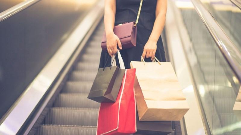 """Giải mã căn bệnh """"nghiện"""" shopping của thời đại"""