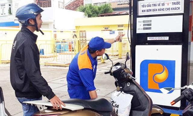 Cạnh tranh cung ứng xăng dầu ngày càng khốc liệt
