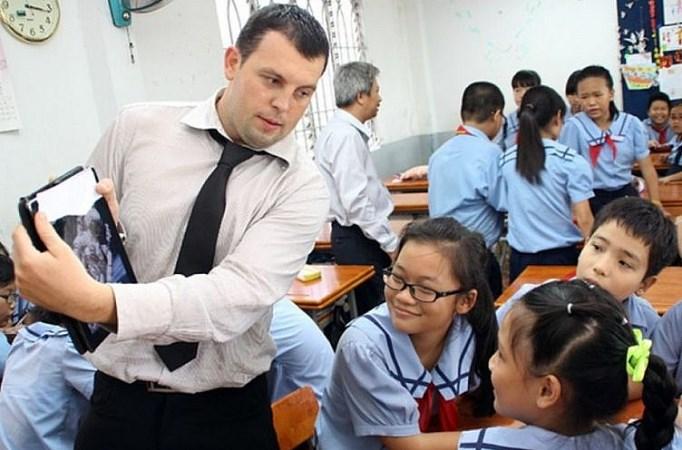 Từ năm 2022, lao động nước ngoài tại Việt Nam phải đóng 8% BHXH bắt buộc