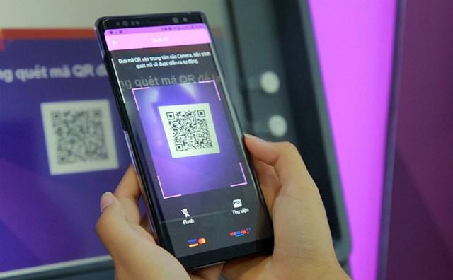 TPBank hoàn tất tính năng rút tiền bằng vân tay trên toàn hệ thống ATM và LiveBank