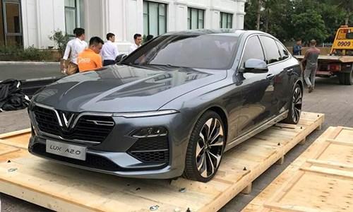 Hai ô tô VinFast xuất hiện tại Việt Nam, chuẩn bị ra mắt