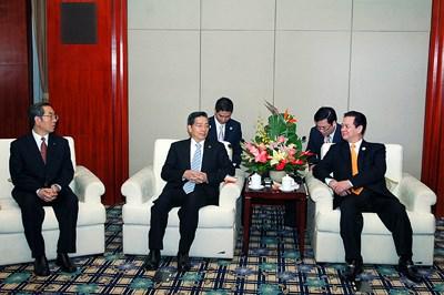 Thủ tướng Nguyễn Tấn Dũng dự CAEXPO và CABIS tại Trung Quốc