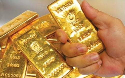 4 hệ lụy từ tích trữ vàng vật chất