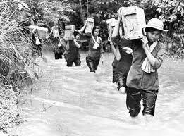 Đoàn nữ dân công hỏa tuyến
