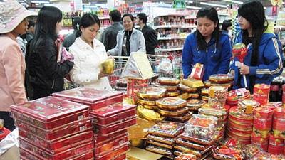 Không thiếu hàng hóa trong dịp Tết, giá cả không đột biến nhiều