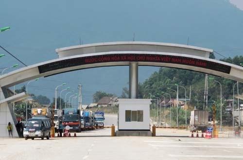 Thu ngân sách tại Cửa khẩu quốc tế Cầu Treo tăng đột biến