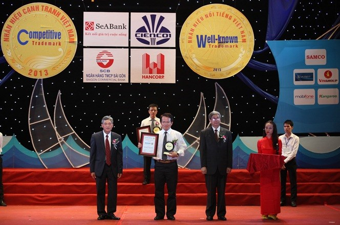 Thương hiệu Bảo Việt tiếp tục được tôn vinh trong TOP 10 Nhãn hiệu nổi tiếng Việt Nam