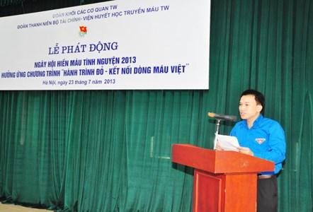 """Hưởng ứng chương trình """"Hành trình đỏ - kết nối dòng máu Việt"""""""