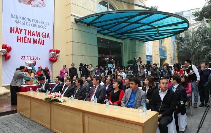 Hơn 300 cán bộ, nhân viên Bảo Việt tham gia ngày hội hiến máu tình nguyện